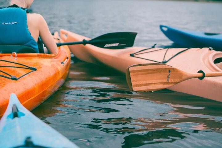 River kayak active sports Aveyron vue gite holiday canoeing canoe